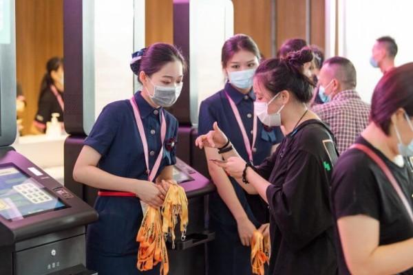 Intertextile Shenzhen – Обслуживающий персонал